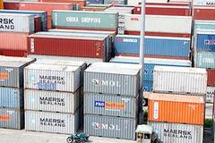 """Đau đầu với 5.000 container """"vô chủ' ở Hải Phòng"""
