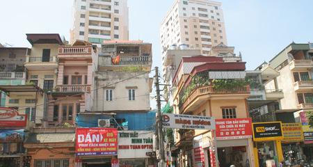 Cao ốc trong ngõ nhỏ: Nỗi khổ mới ở Hà Nội