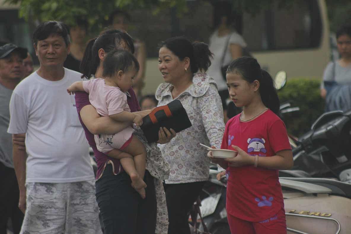 Hà Nội: Cháy chung cư, dân chạy tán loạn