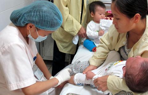 Việt Nam xuất khẩu vắc xin đi 4 nước