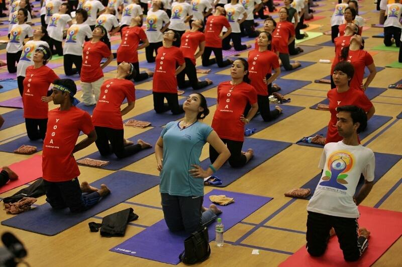 Chủ tịch MTTQ Nguyễn Thiện Nhân hưởng ứng ngày quốc tế Yoga
