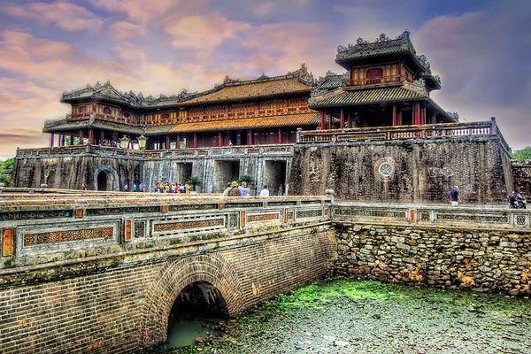 thắng cảnh, du lịch Việt Nam, Hạ Long, đèo Hải Vân, Sơn Đoòng, Đại Nội, ruộng bậc thang, rừng ngập mặn