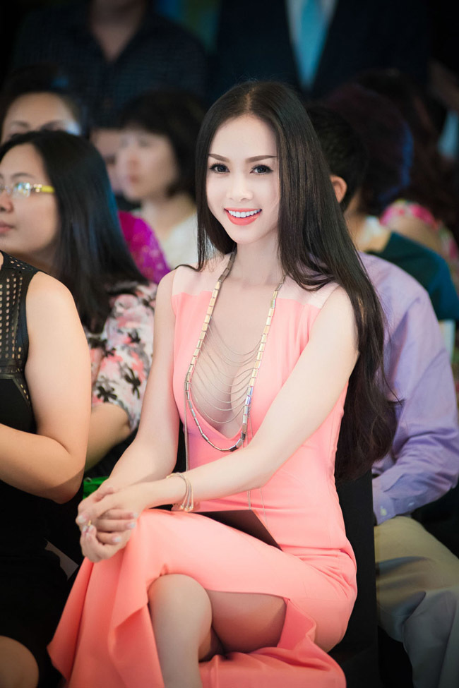 Vũ Ngọc Anh, Angela Phương Trinh, Elly Trần