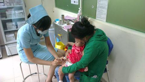 vắc - xin, chích ngừa, khan hiếm