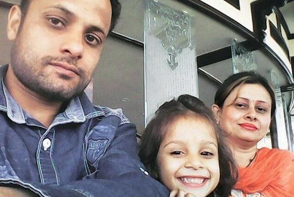 Selfie, Ấn Độ, phân biệt giới tính