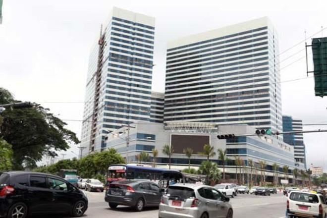 Đại gia chi 6 triệu USD mua 27 căn hộ, Bầu Đức choáng