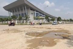 Dân TP Lào Cai khổ vì đường xuống cấp