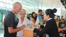 """Nhiều quy định mới """"kéo chân"""" khách quốc tế đến Việt Nam"""