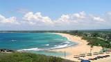 8 bãi biển đẹp nên thơ hút khách du lịch ở Việt Nam