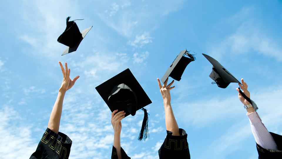 học giỏi, trường chuyên, thành đạt, toán học, văn học, KHXH&NV