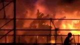 Hình ảnh công viên nước Đài Loan chìm trong biển lửa