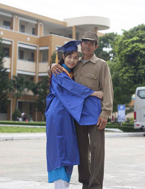 ảnh đẹp, ý nghĩa, bố, cử nhân, lễ tốt nghiệp