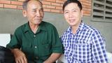 Thí sinh 60 tuổi đi 100 km dự thi đại học
