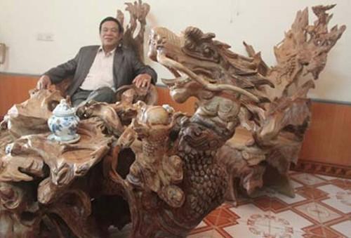 Đại gia Việt: Vung tiền mua bàn ghế gỗ cổ 10 tỷ