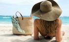 10 vật dụng không thể thiếu khi đi biển