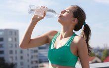 Nguy cơ tử vong vì... uống nhiều nước khi vận động