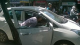 Trộm đập nát cửa kính, lấy cắp nhiều xe ô tô
