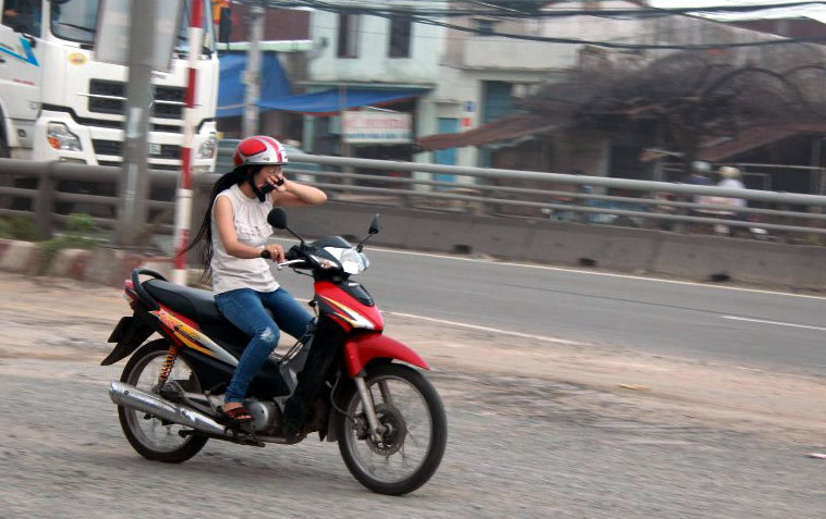 Sài Gòn; QL1A; bụi