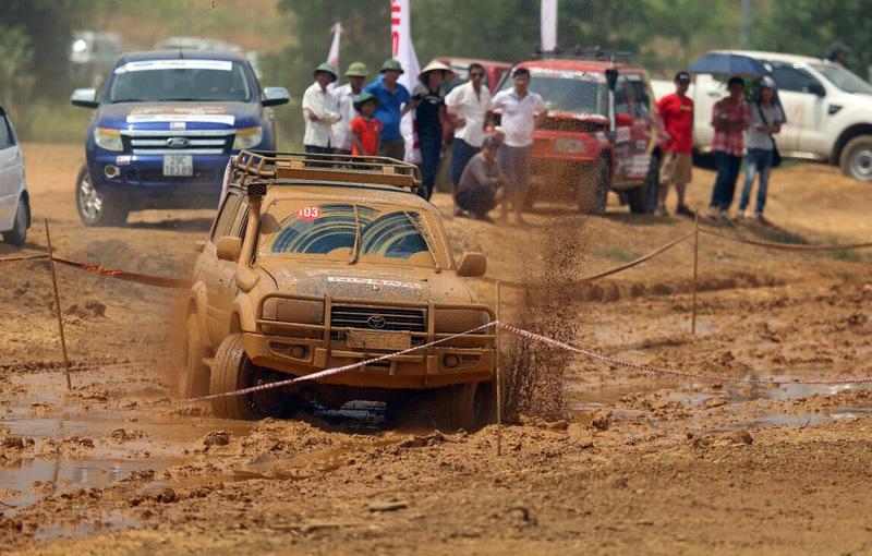'Khai hội' sân chơi xe địa hình hấp dẫn nhất Việt Nam