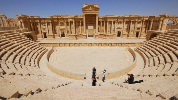 IS hành quyết 25 người tại thành cổ Palmyra