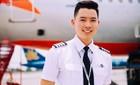 """Cận cảnh 1 ngày làm việc của """"cơ trưởng đẹp trai và trẻ nhất Việt Nam"""""""