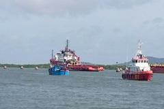 Cứu sống 9 thuyền viên gặp nạn lênh đênh trên biển