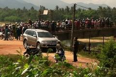 Bí thư huyện cùng một phụ nữ chết bất thường trong xe con