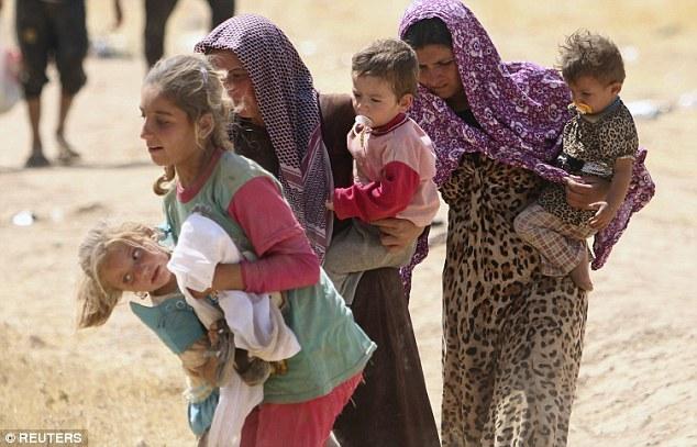 Địa ngục của bé gái bị IS bắt làm nô lệ tình dục