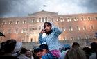 Vì sao châu Âu không thể buông Hy Lạp?
