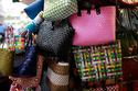 Sài Gòn: Rộ mốt biến làn đi chợ thành túi xách sành điệu