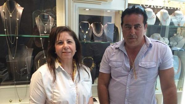 Bi kịch 'Người giàu cũng khổ' ở Hy Lạp