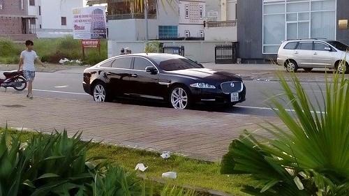 Lóa mắt trước dàn siêu xe bạc tỷ của đại gia Quảng Ninh