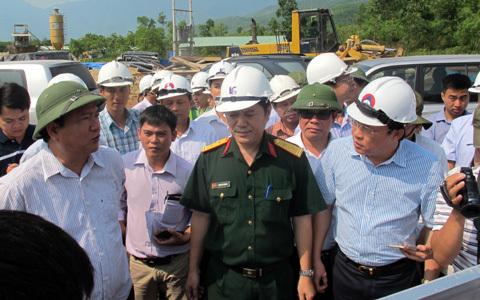 Bộ trưởng Thăng: 'Chậm tiến độ sẽ cắt thu phí 1 năm'