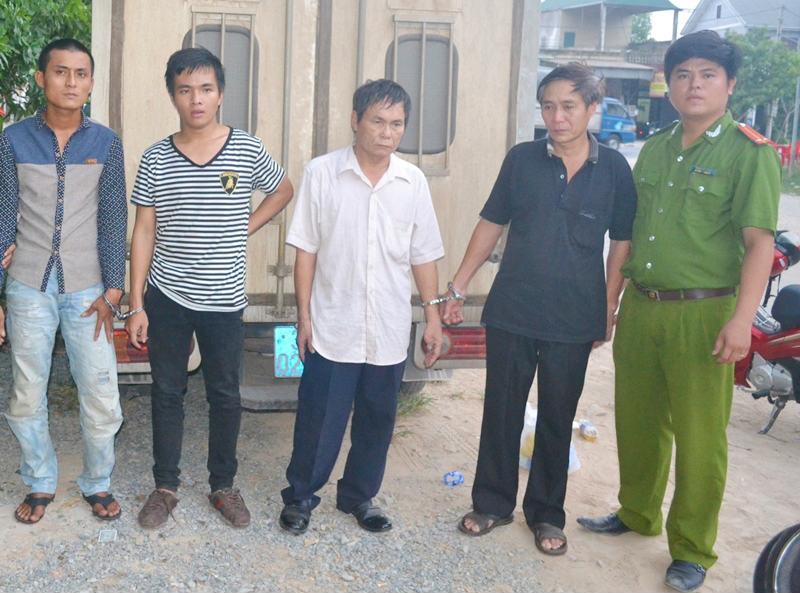 truy nã, ngăn học sinh tới lớp, Hương Sơn, Hà Tĩnh, Đắk Lắk, bảo vệ trường học