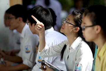 Quang Trung - Nguyễn Huệ là anh em: Lỗi của ai?