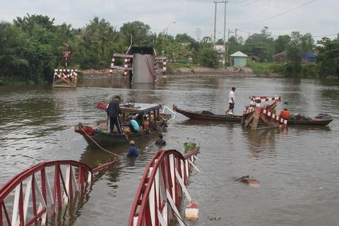 cầu sập, Bình Chánh, sà lan, giao thông
