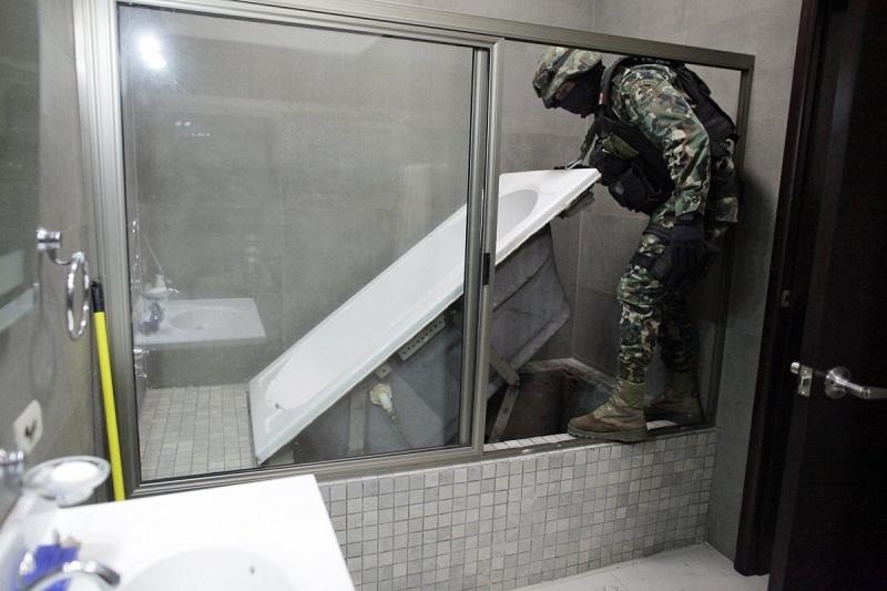 Cú vượt ngục ngoạn mục của ông trùm ma túy khét tiếng Mexico
