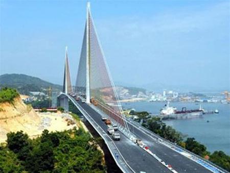 Quảng Ninh đạt mức tăng trưởng cao nhất trong 3 năm