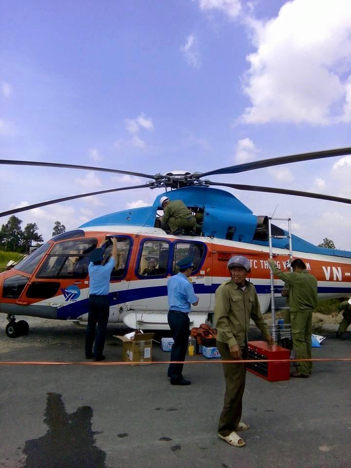 trực thăng; máy bay; hạ cánh; Thái Bình