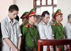 Phán quyết vụ 'quan tài diễu phố', gia đình bị hại 'đại náo' tòa