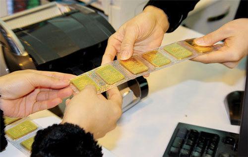 Vàng về đáy, Euro bốc hơi: Nỗi đau âm thầm nhà giàu Việt