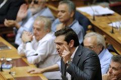 Gói cứu trợ Hy Lạp vượt thêm cửa ải mới