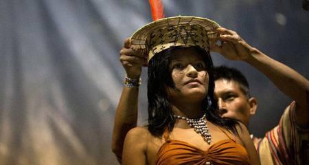 Cận cảnh cuộc thi hoa hậu giữa rừng rậm Amazon