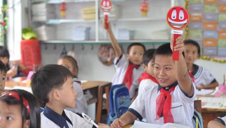 """Thứ trưởng Giáo dục giải thích chuyện """"lớp trưởng là chủ tịch"""""""