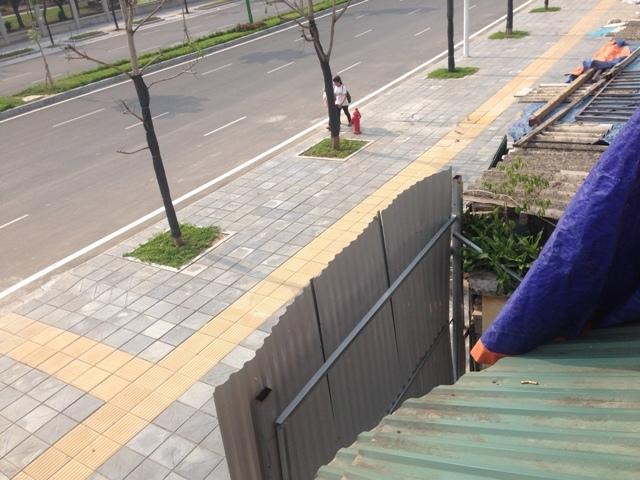 Nguyễn Văn Huyên, đắt nhất hành tinh, siêu mỏng, siêu méo, tường
