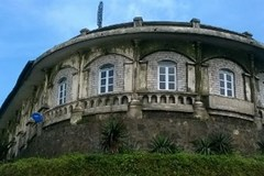 Xót xa biệt thự Pháp cổ bị bỏ quên trên đỉnh Mẫu Sơn