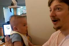 """Bé 3 tháng tuổi nói được """"Con yêu bố"""""""