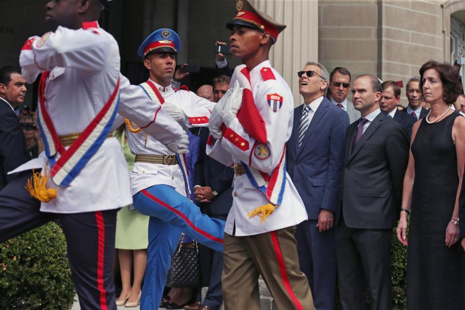 Mỹ, Cuba, sứ quán, ngoại giao, thượng cờ