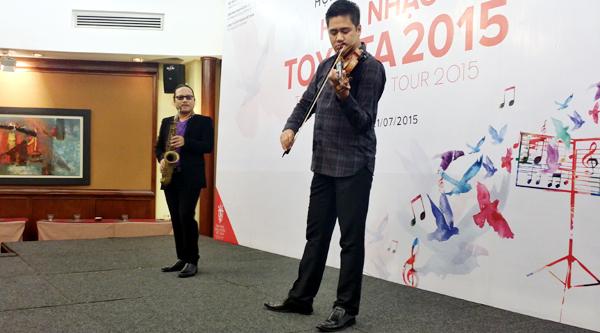 Quán quân Vietnam Idol 2014 tham gia Hòa nhạc Toyota 2015