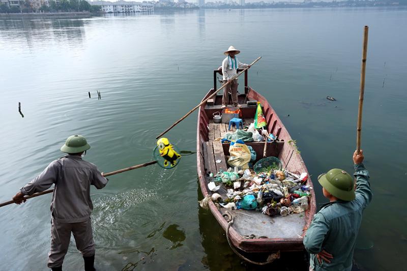Rác thải, Hồ Tây, ô nhiễm, ngập ngụa, thắng cảnh, lá phổi
